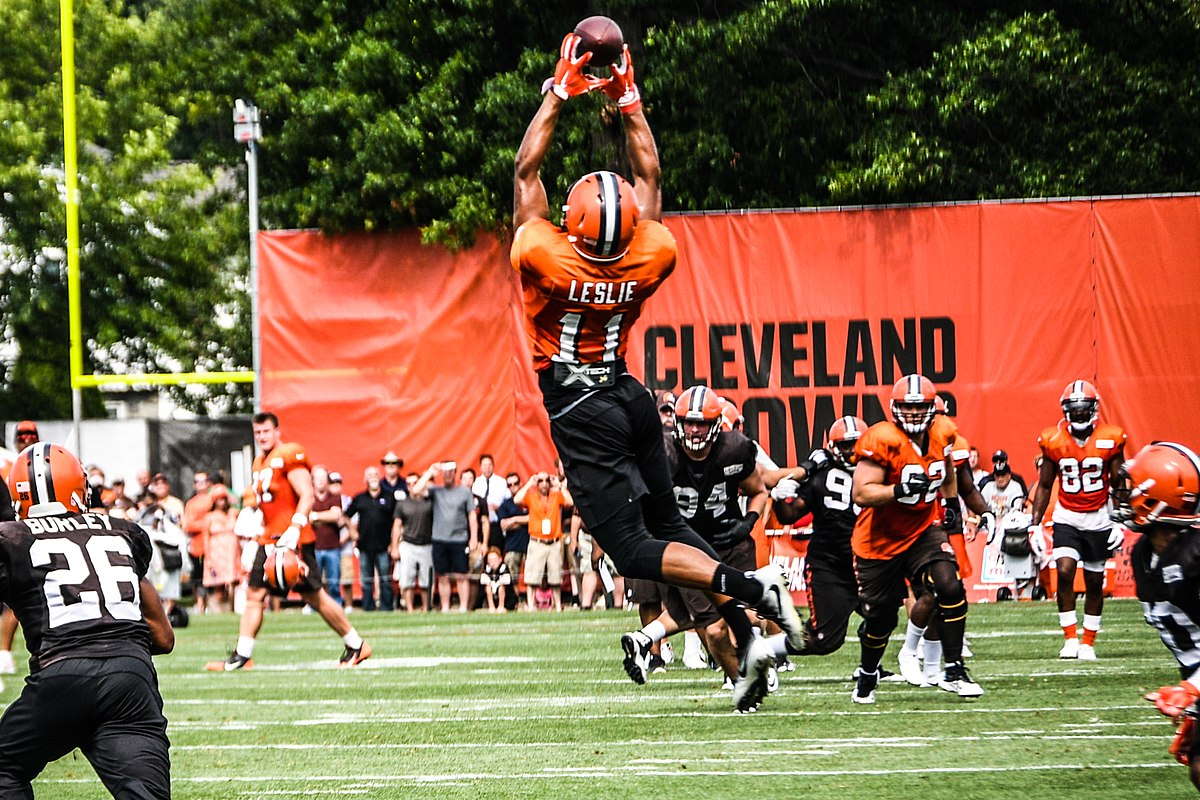 Jordan Leslie gets his First NFL Reception